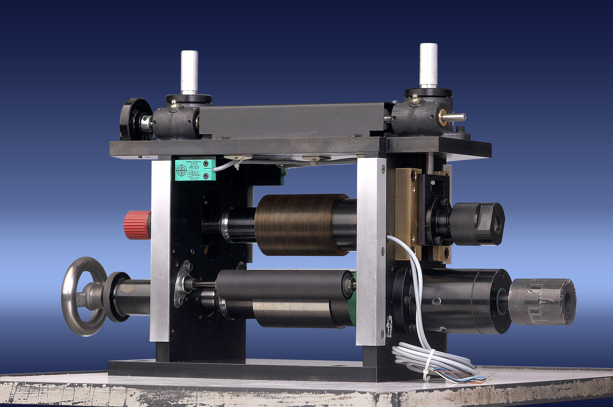 Micro Slitting System Shear: Shafted